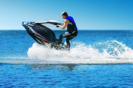 Many people like to do tricks on jet skis, however, these tricks often lead to injuries and boating accidents. Call an El Paso boat accident attorney today to discuss your options.